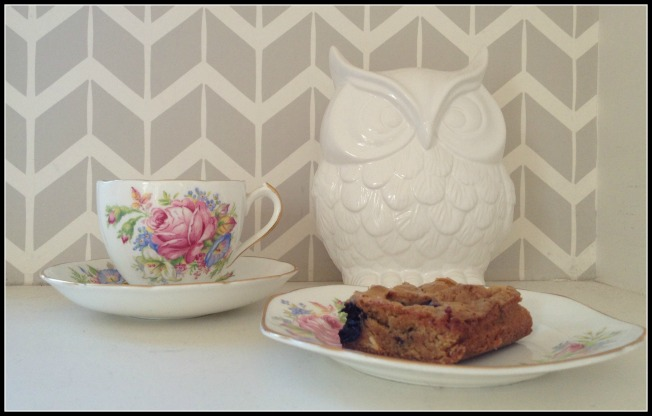 tea, cake and owl
